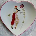 assiette coeur aux amoureux   (vendue)