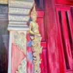 détail de sculpture dans un Wat à Chiang Mai - huile (43 X 65)